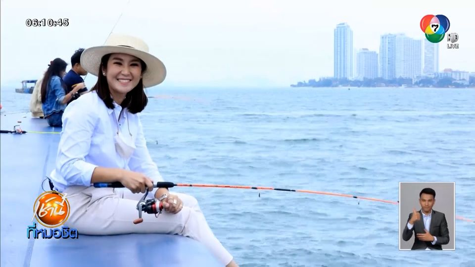 เรือนำเที่ยวพัทยาปรับธุรกิจแพลากร่ม เป็น คาเฟตกหมึก ดึงนักท่องเที่ยวไทย