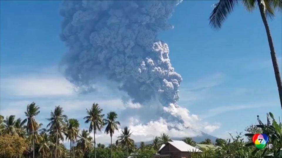 ภูเขาไฟอิลเล ในอินโดนีเซีย ปะทุพ่นเถ้าถ่าน