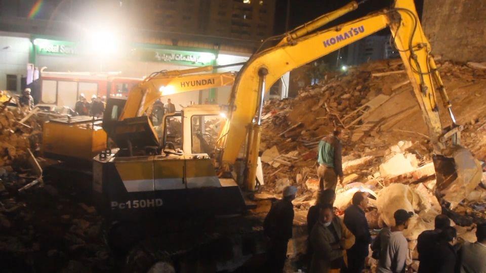 อาคารที่พักอาศัย 3 ชั้นพังถล่มในอียิปต์