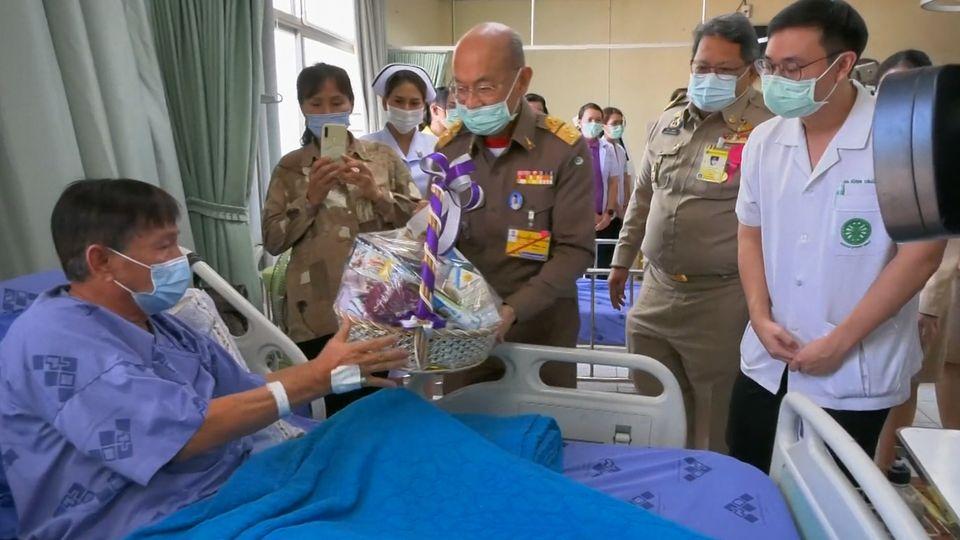 นายเกษม วัฒนชัย องคมนตรี ไปติดตามความก้าวหน้าการดำเนินงานโรงพยาบาลเสาไห้เฉลิมพระเกียรติ 80 พรรษา จังหวัดสระบุรี