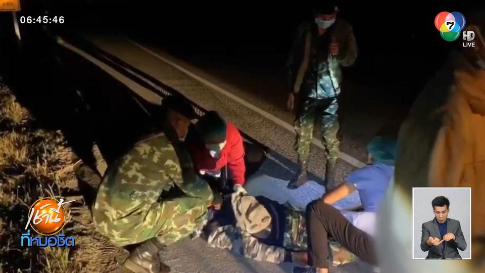 ชายขี่บิกไบก์ล้มกลางถนน ถูกรถเทรลเลอร์เหยียบขาซ้ำแล้วหนี