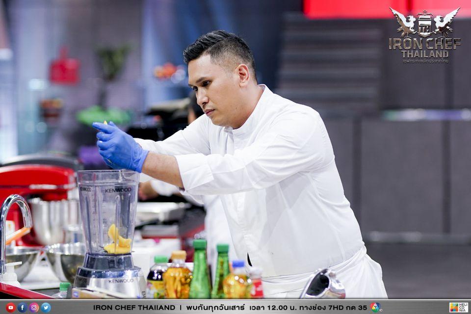 ศึกสายหวาน เชฟเด่น กฤตณกร รูปเล็ก อาร์ตติสเชฟอาหารหวาน ขอท้าวัดฝีมือกับเชฟไก่ เชฟกระทะเหล็กประเทศไทย ในรายการ Iron Chef Thailand
