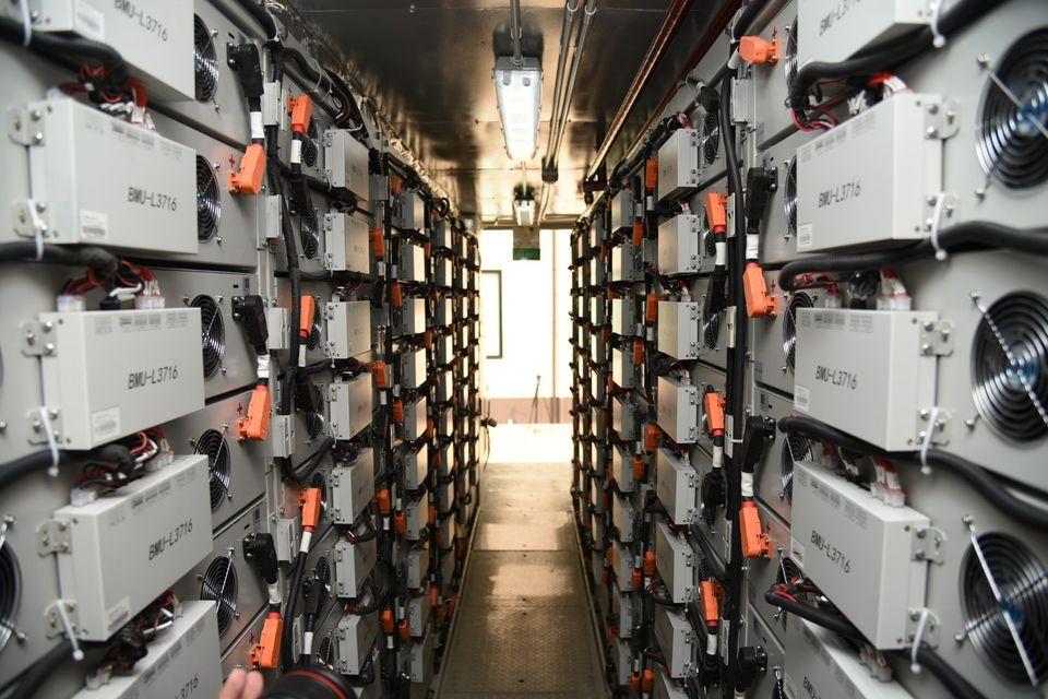 มท.1 เปิดโครงการพัฒนาระบบไฟฟ้าแบบโครงข่ายไฟฟ้าขนาดเล็กมาก (Microgrid) อำเภอแม่สะเรียง จังหวัดแม่ฮ่องสอน