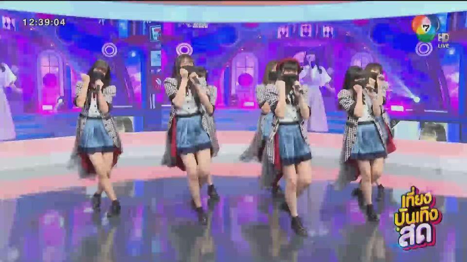 """สาวๆ จาก """"Last Idol Thailand"""" มาเยี่ยมเยียน """"สนามข่าวบันเทิง"""""""