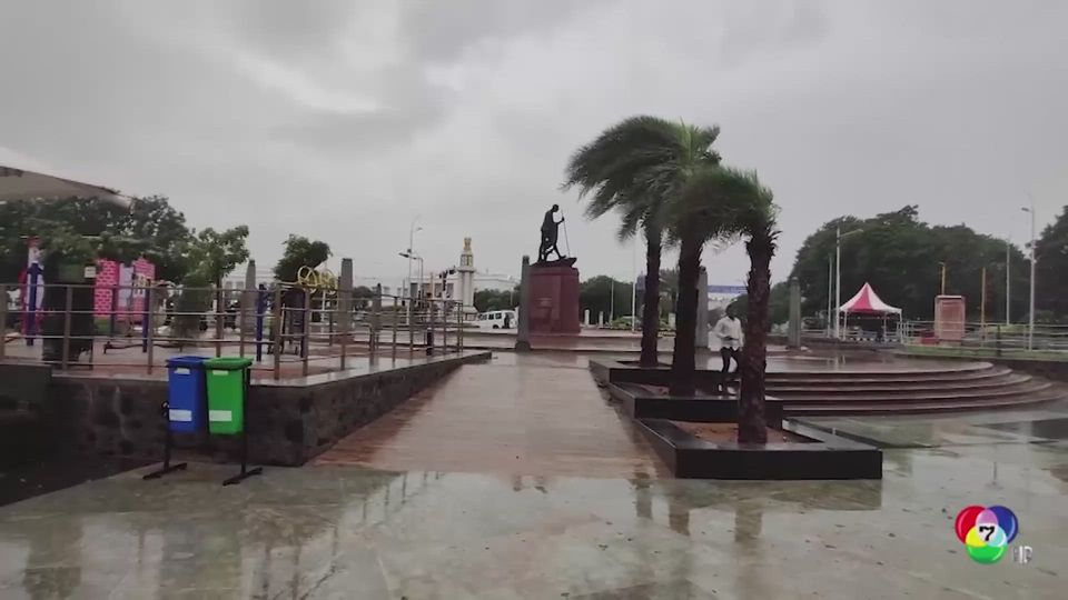 อินเดียสั่งอพยพประชาชนนับแสนหนีพายุไซโคลนนีวอร์