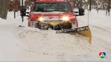 พายุหิมะตกหนักในนิวยอร์ก ทับถมหนากว่า 1 เมตร
